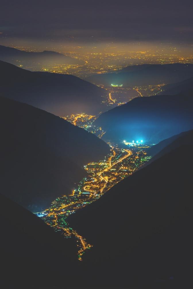 Una Valle di Luci by: Michele Rossetti