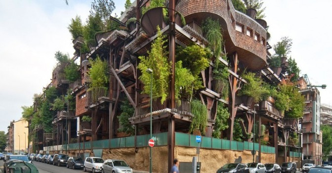 Air and Noise Pollution Resistant Urban Treehouse Protecting Residents
