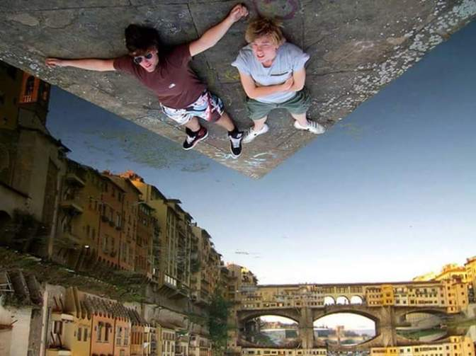 Forced perspective photography that will make you look twice